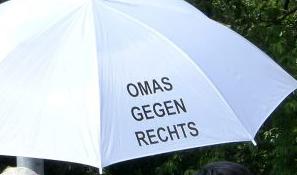 Omas gegen Rechts München